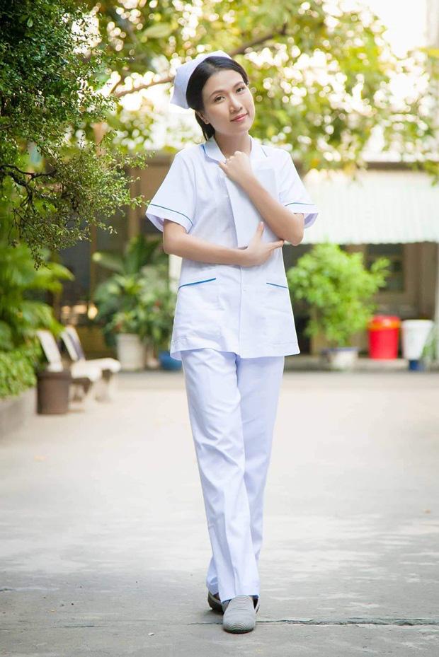 Sau Cua lại vợ bầu, diễn viên Thùy Dương chuyển hẳn sang làm y tá trong Nắng 3 - Ảnh 7.