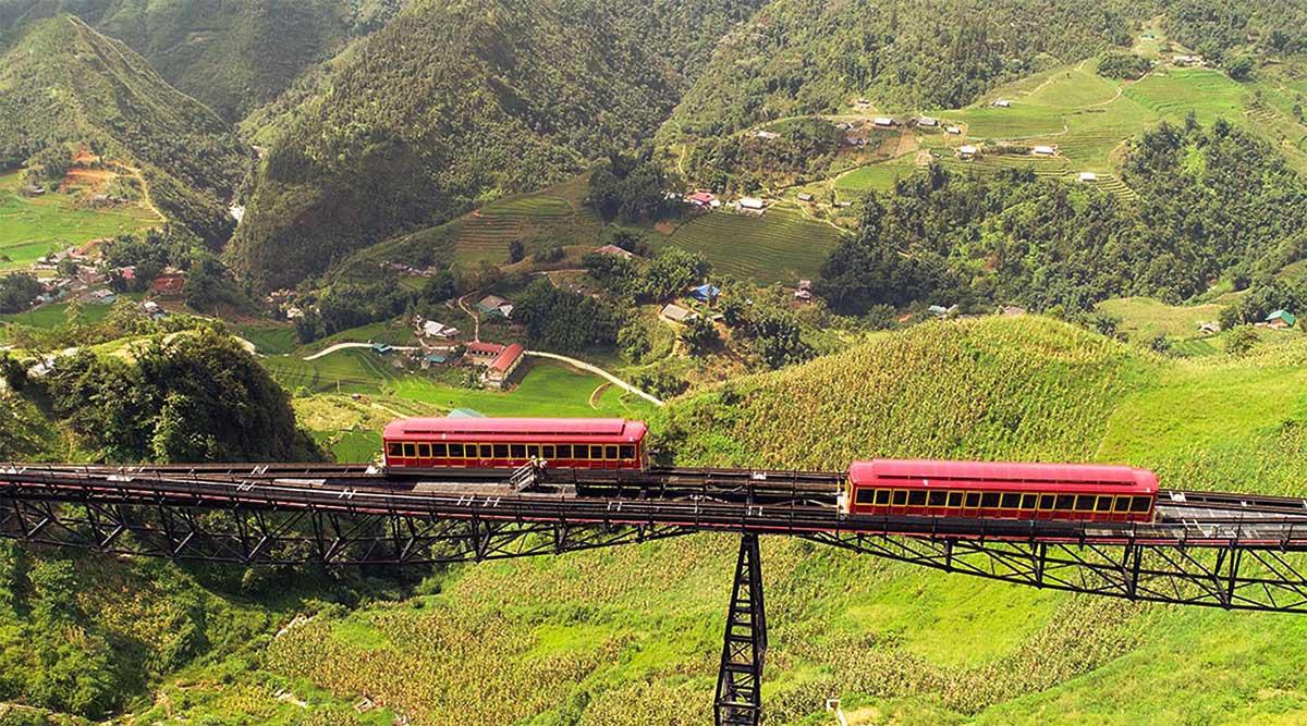 2 sản phẩm du lịch của Sun World Fansipan Legend cùng lúc xác lập kỷ lục Việt Nam - Ảnh 1.