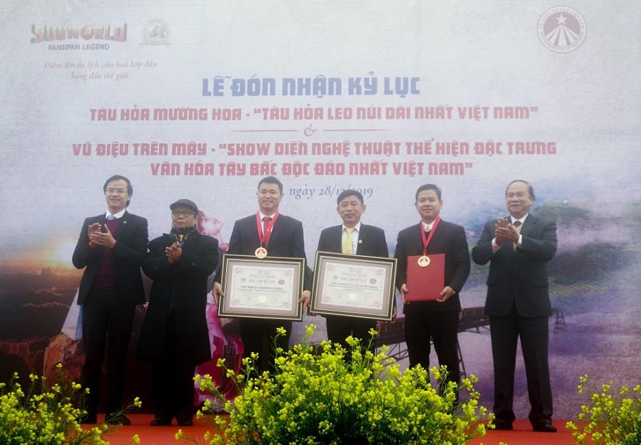 2 sản phẩm du lịch của Sun World Fansipan Legend cùng lúc xác lập kỷ lục Việt Nam - Ảnh 3.