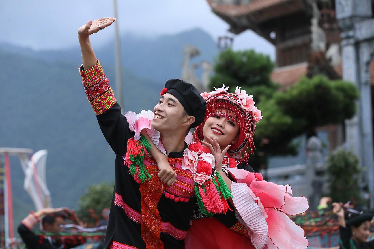 2 sản phẩm du lịch của Sun World Fansipan Legend cùng lúc xác lập kỷ lục Việt Nam - Ảnh 5.