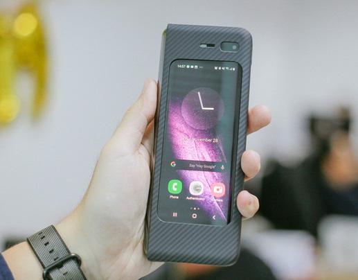 Giá 50 triệu, Galaxy Fold vẫn cháy hàng ở Việt Nam, vậy ai là người mua? - Ảnh 4.