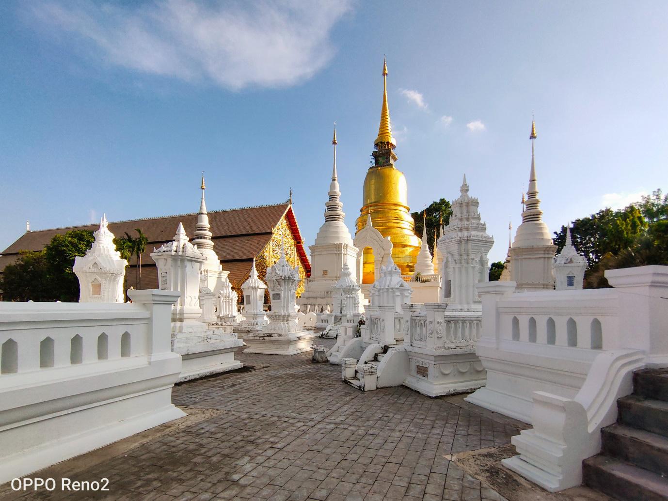 Khám phá vẻ đẹp cổ kính và thanh bình của Chiang Mai qua ống kính OPPO Reno2 - Ảnh 1.