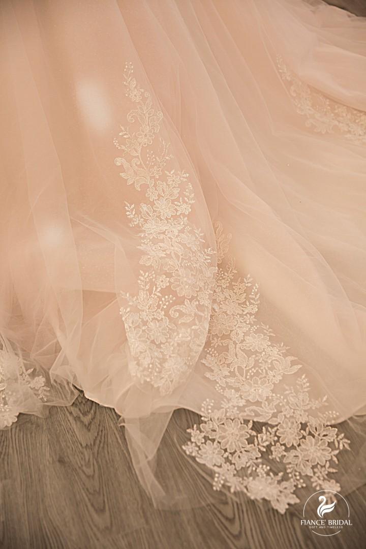 The Swan - Thắp sáng Giấc mộng thiên nga trong thiên đường váy cưới - Ảnh 3.