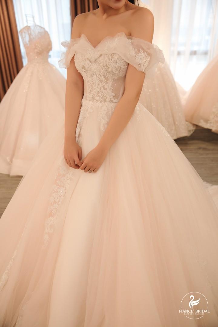 The Swan - Thắp sáng Giấc mộng thiên nga trong thiên đường váy cưới - Ảnh 4.