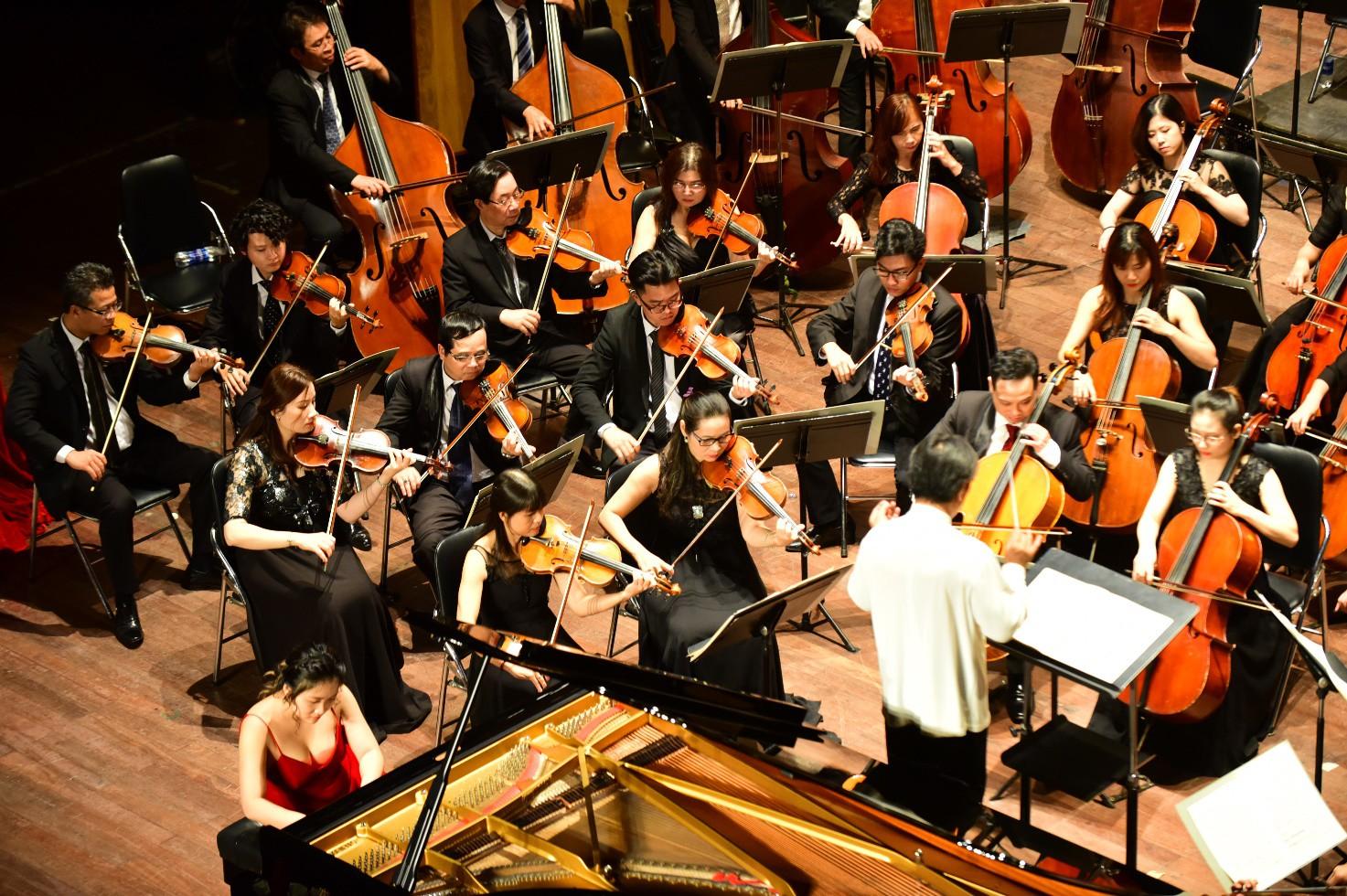 Acecook Việt Nam đem nhạc giao hưởng đến gần công chúng: đường dài lan toả hạnh phúc - Ảnh 2.