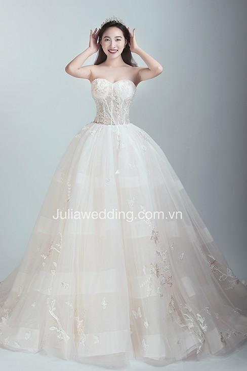JULIA ra mắt BST váy cưới 2019 giúp cô dâu tỏa sáng trong ngày trọng đại - Ảnh 8.