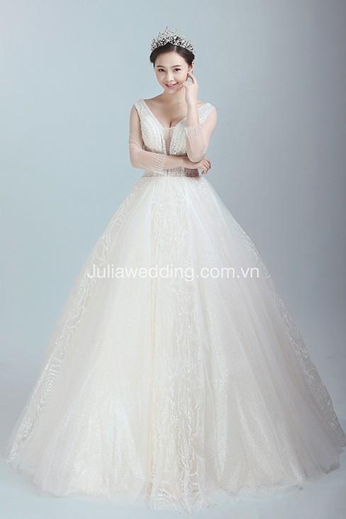 JULIA ra mắt BST váy cưới 2019 giúp cô dâu tỏa sáng trong ngày trọng đại - Ảnh 7.
