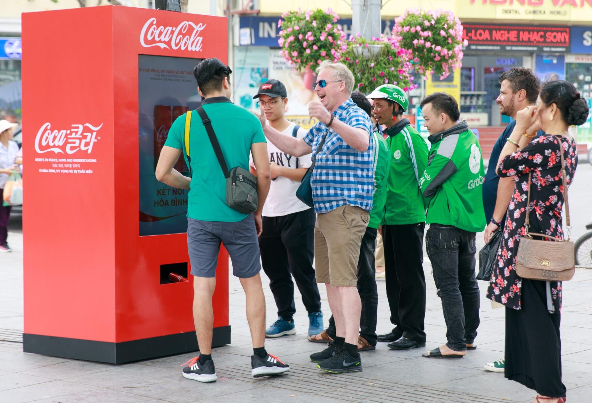 Coca Cola được bàn tán nhiều nhất bên lề Hội nghị thượng đỉnh Mỹ Triều - Ảnh 4.