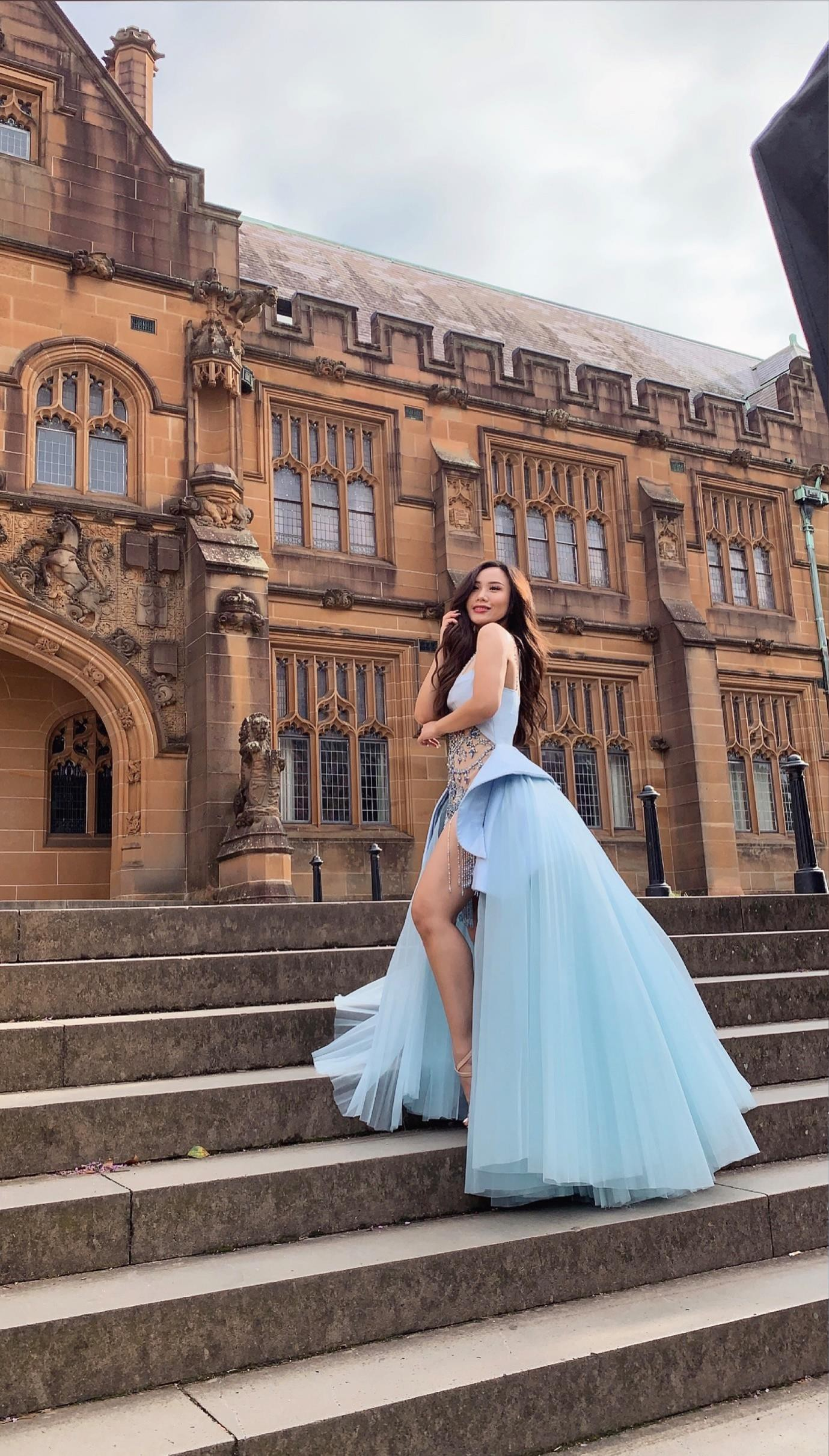 Từ quá khứ bị bắt nạt học đường đến vương miện hoa hậu của nữ sinh Việt trên đất Úc - Ảnh 4.