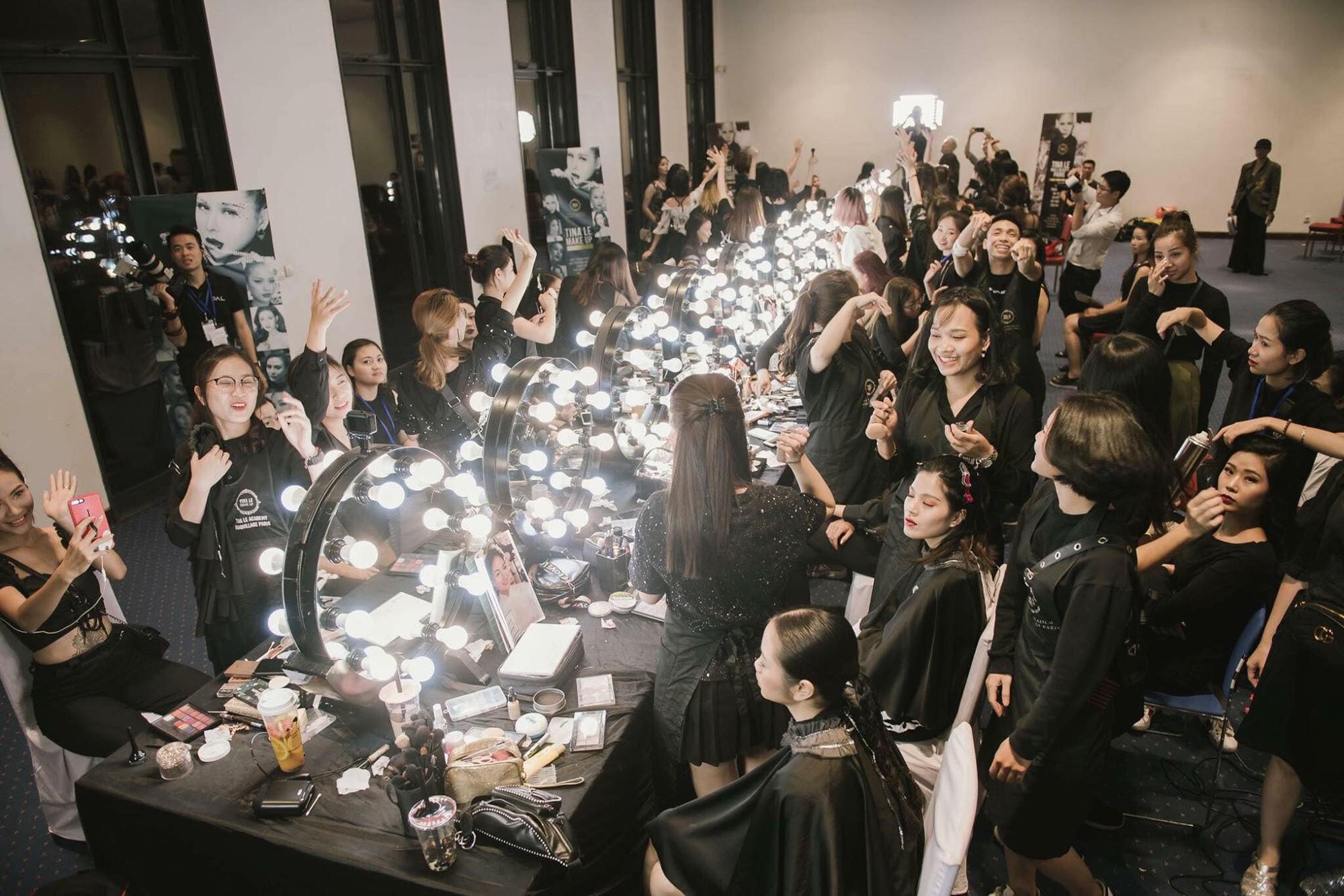 Điều kiện chưa cho phép, chọn ngay gói học make-up trả góp tại Tina Lê Make Up Academy - Ảnh 1.