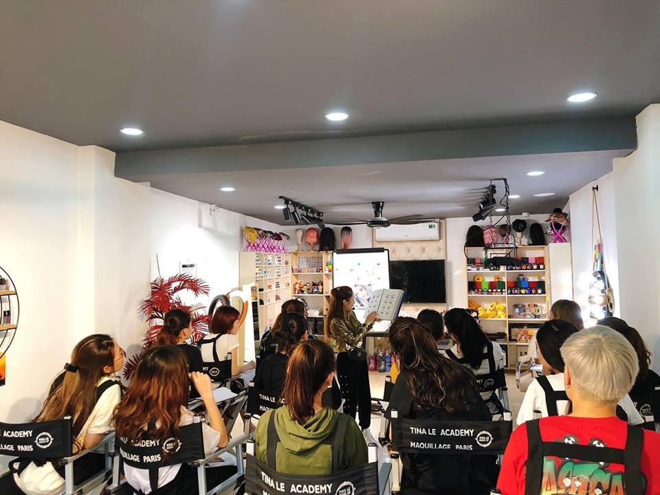 Điều kiện chưa cho phép, chọn ngay gói học make-up trả góp tại Tina Lê Make Up Academy - Ảnh 8.