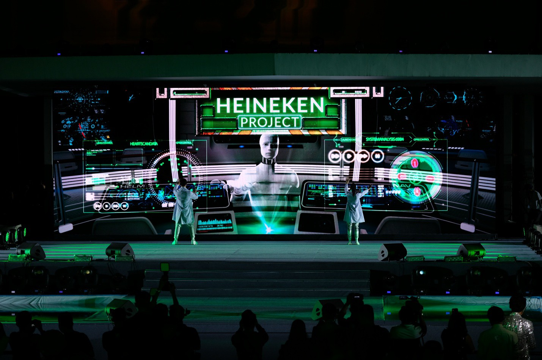 Đen Vâu, Châu Bùi quy tụ trong đại tiệc ra mắt Heineken Silver cực hoành tráng - Ảnh 11.