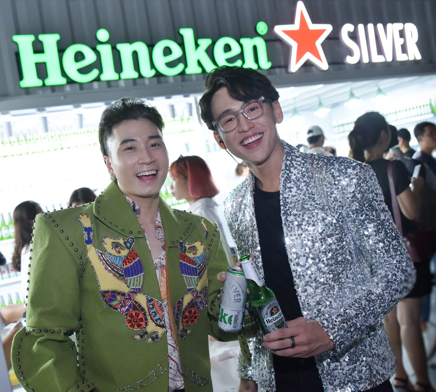 Đen Vâu, Châu Bùi quy tụ trong đại tiệc ra mắt Heineken Silver cực hoành tráng - Ảnh 12.