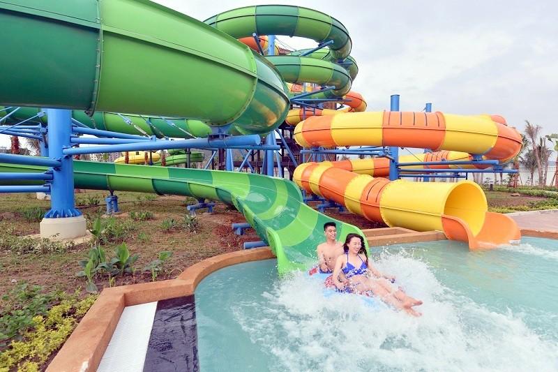 """Tháng 4 này, nhất định phải khai hội mùa hè ở Typhoon Water Park, 500 vé """"free"""" đang chờ đón! - Ảnh 1."""