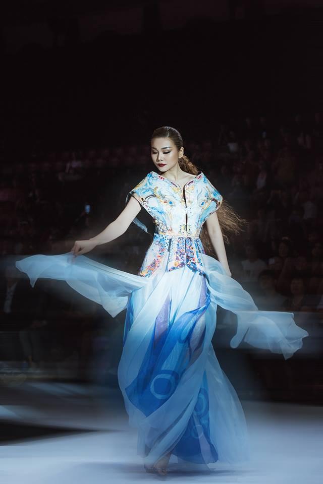 Siêu mẫu Thanh Hằng: Với cái đầu lạnh cùng một trái tim thuần khiết, tôi không ngại bất kỳ thử thách nào - Ảnh 1.