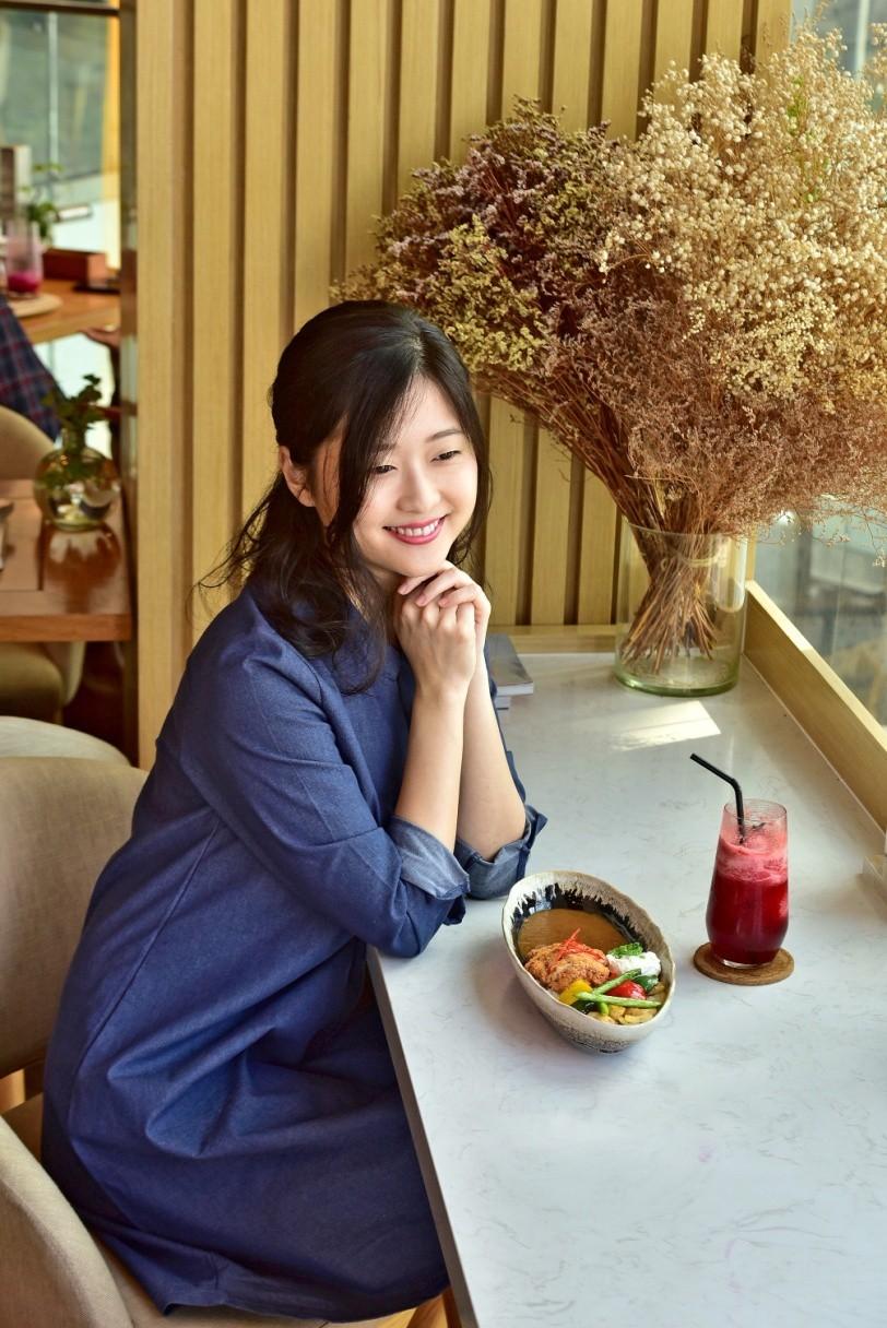 """3 điều khiến vlogger người Nhật """"phải lòng"""" món cơm cà ri sang chảnh tại Sài Gòn - Ảnh 9."""