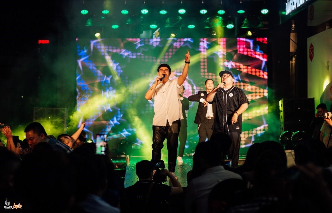 DaLAB hội ngộ cùng dàn hot girl Hà thành tại sự kiện khai trương - Ảnh 2.