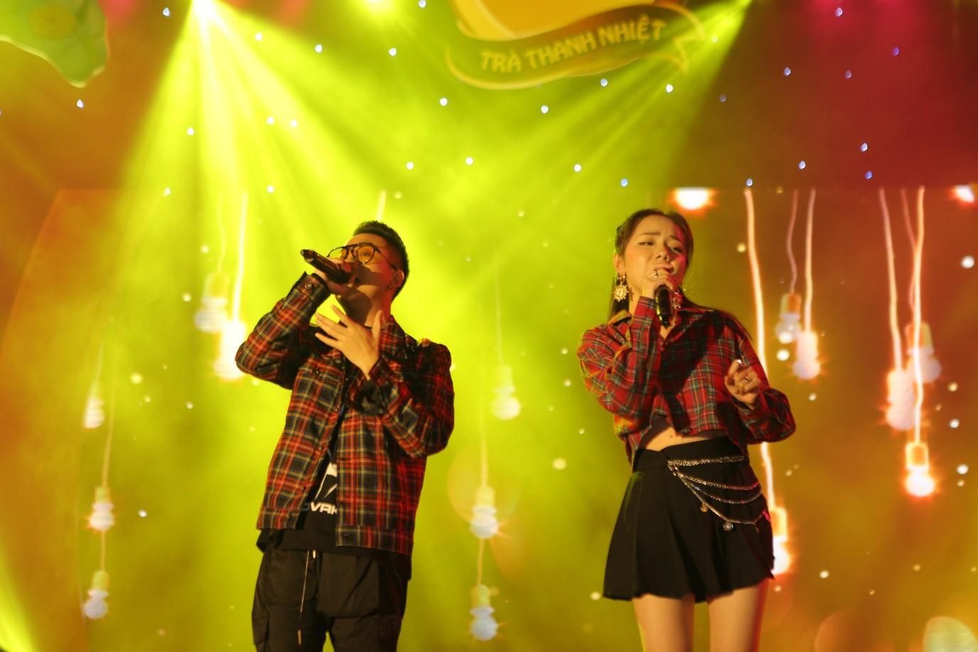 Phương Ly - JustaTee mặc đồ đôi song ca, AMEE đem hit mới lên sân khấu - Ảnh 5.
