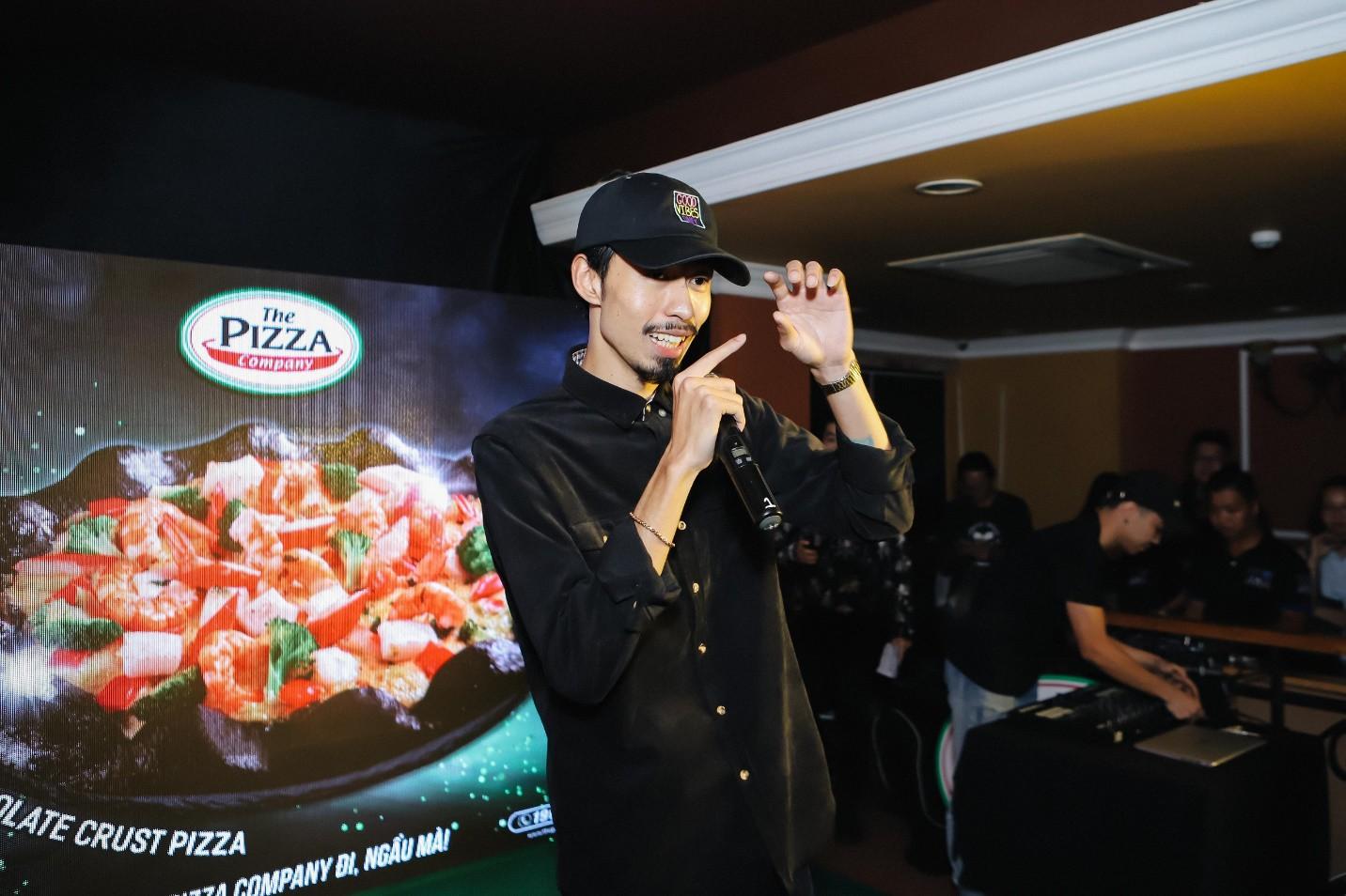 Đen Vâu góp mặt trong sự kiện ra mắt pizza mới khiến fan đi từ bất ngờ đến phấn khích tột đỉnh - Ảnh 8.