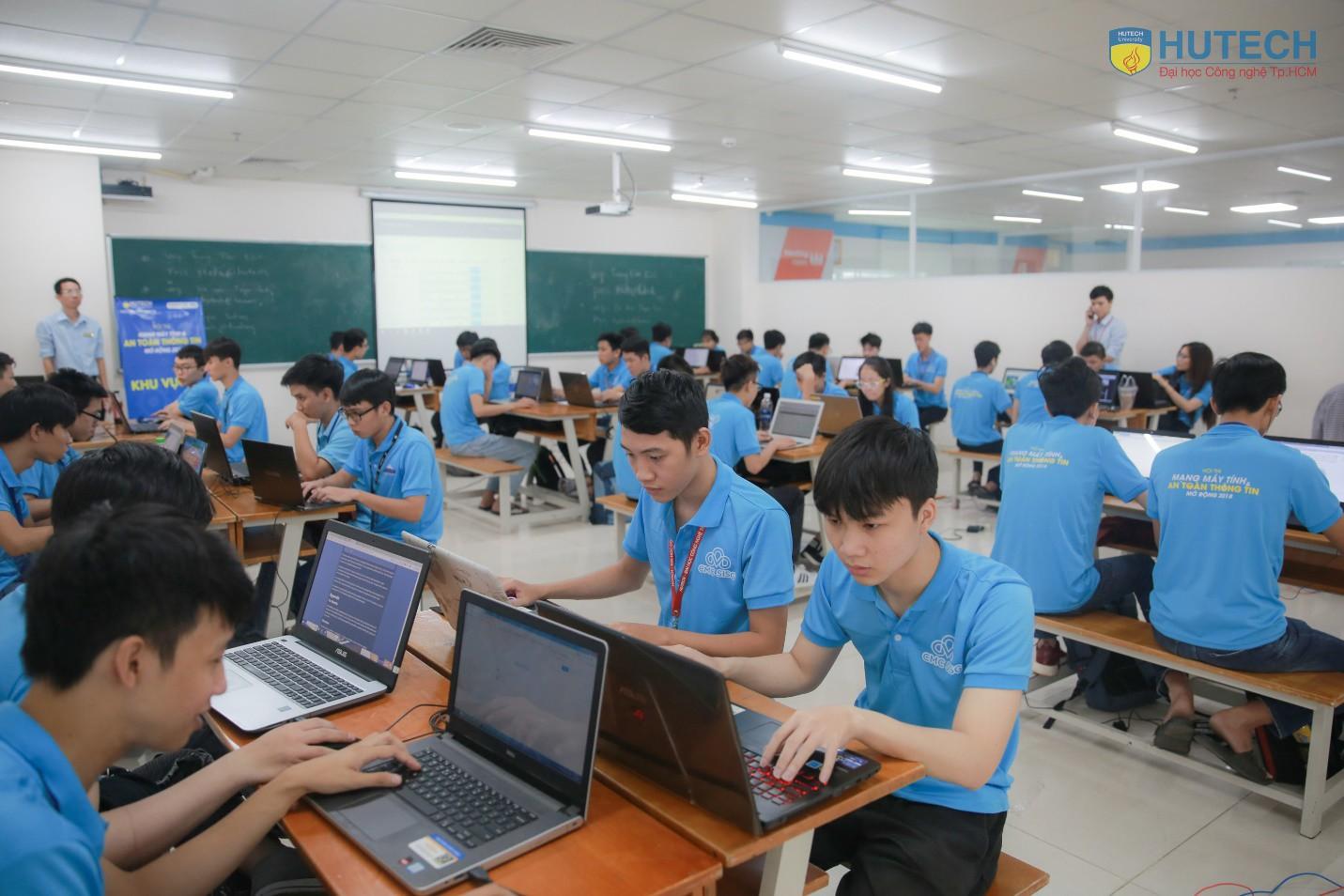 4 lưu ý chọn trường học Công nghệ thông tin - Ngành chưa bao giờ hết hot - Ảnh 1.