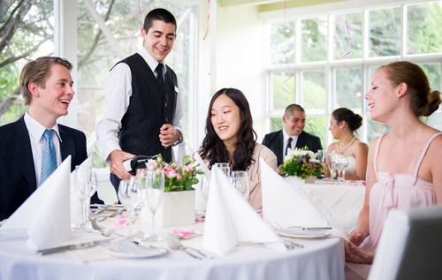 Gia nhập BMIHMS để khởi đầu thuận lợi trong ngành Hospitality - Ảnh 2.