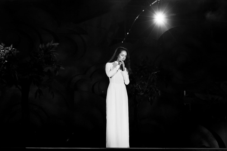 Hàng loạt ngôi sao âm nhạc hội tụ trong đêm nghệ thuật Câu chuyện hòa bình tại Quảng Bình - Ảnh 8.