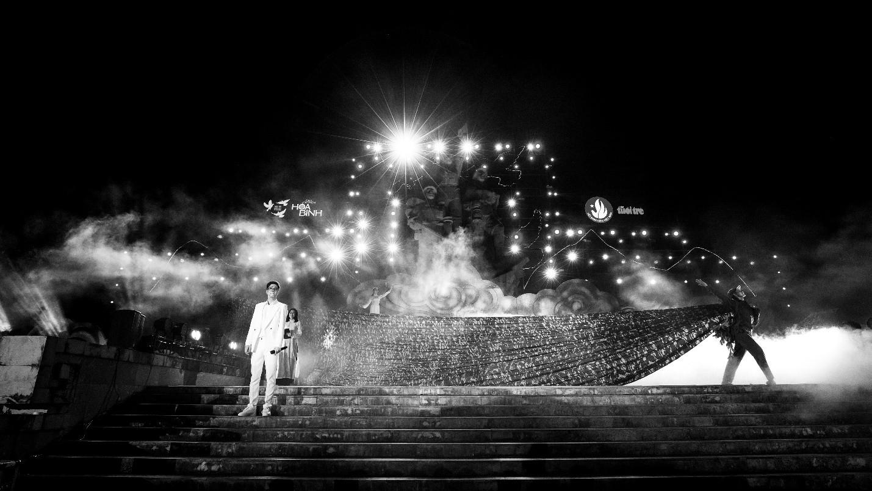 Hàng loạt ngôi sao âm nhạc hội tụ trong đêm nghệ thuật Câu chuyện hòa bình tại Quảng Bình - Ảnh 10.