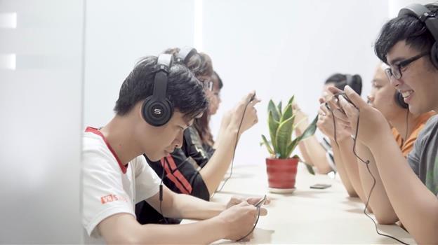 Săn sale tai nghe gaming gây sốt mạng xã hội, từng được streamer Viruss giới thiệu - Ảnh 1.