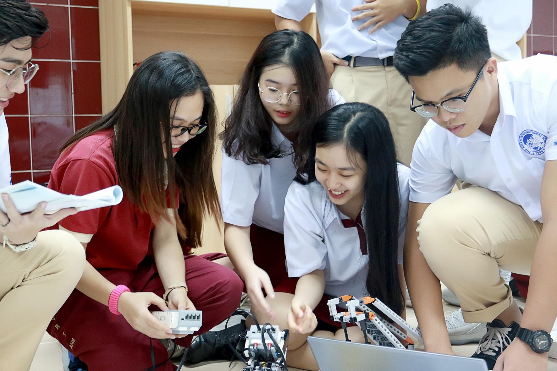 Asian School tiếp tục là trường quốc tế có nhiều giải học sinh giỏi năm 2019 - Ảnh 2.