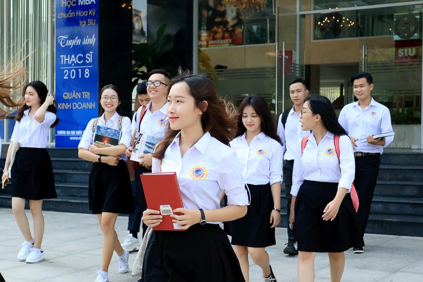 SIU đồng hành cùng HVIET mang trải nghiệm Harvard đến Việt Nam - Ảnh 3.