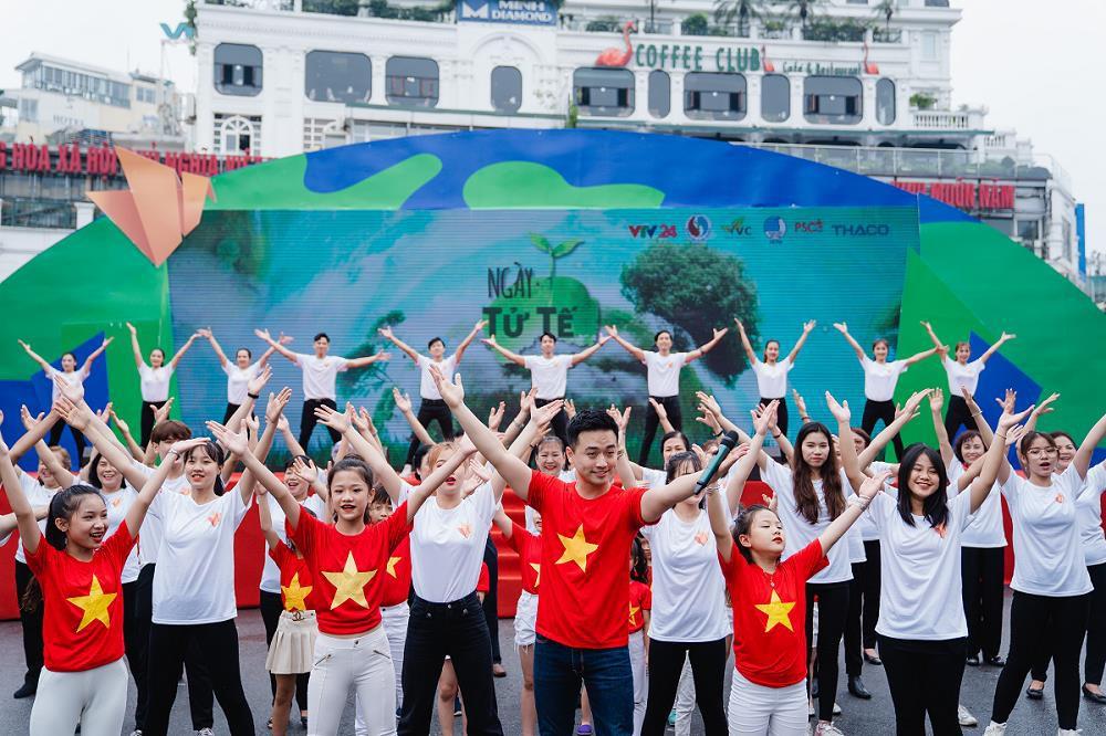 """Hàng nghìn người tham gia sự kiện """"Ngày tử tế"""", lan tỏa những hành động, tấm gương đẹp - Ảnh 1."""
