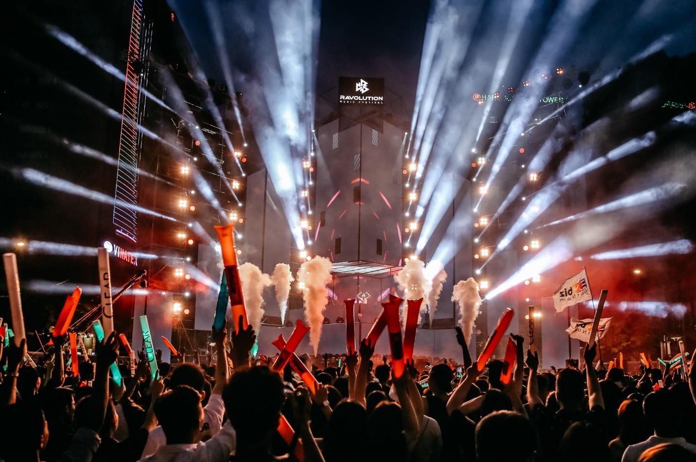 Cùng cạ cứng quẩy tung hè sôi động tại lễ hội Yamaha Revolution Music Festival - Ảnh 1.