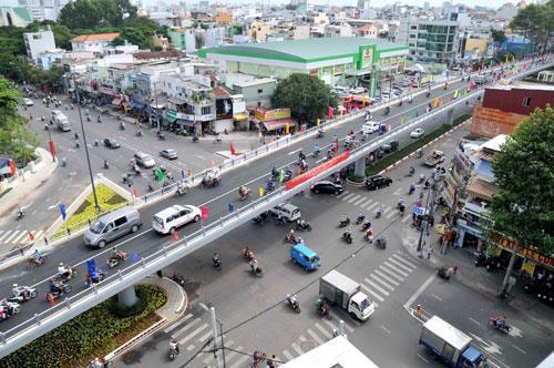 Hàng loạt dự án lớn đổ bộ vào thị trường Dĩ An, Thuận An - Ảnh 1.