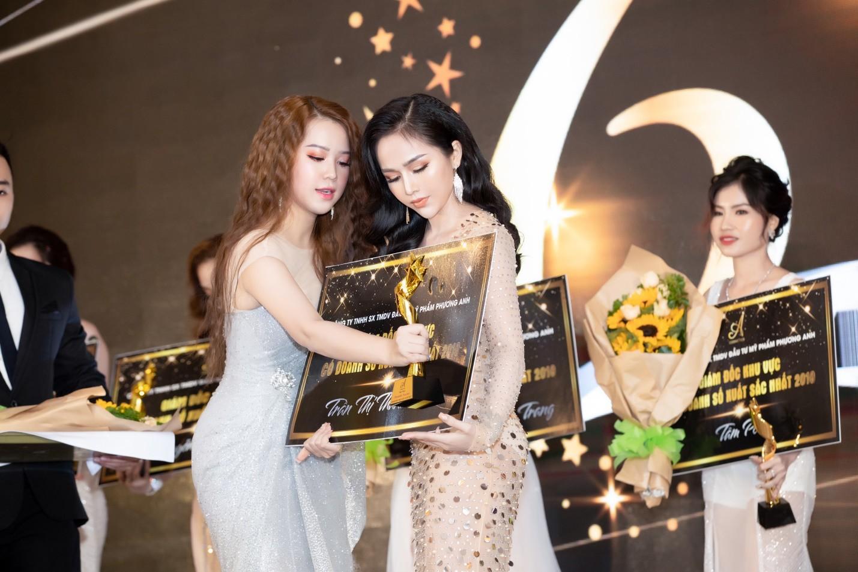 Noo Phước Thịnh, Lê Dương Bảo Lâm, Amee khuấy động sự kiện với những khoảnh khắc thú vị - Ảnh 3.