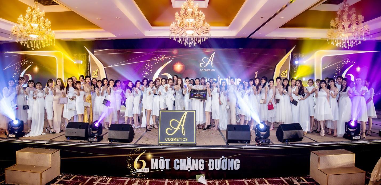 Noo Phước Thịnh, Lê Dương Bảo Lâm, Amee khuấy động sự kiện với những khoảnh khắc thú vị - Ảnh 5.
