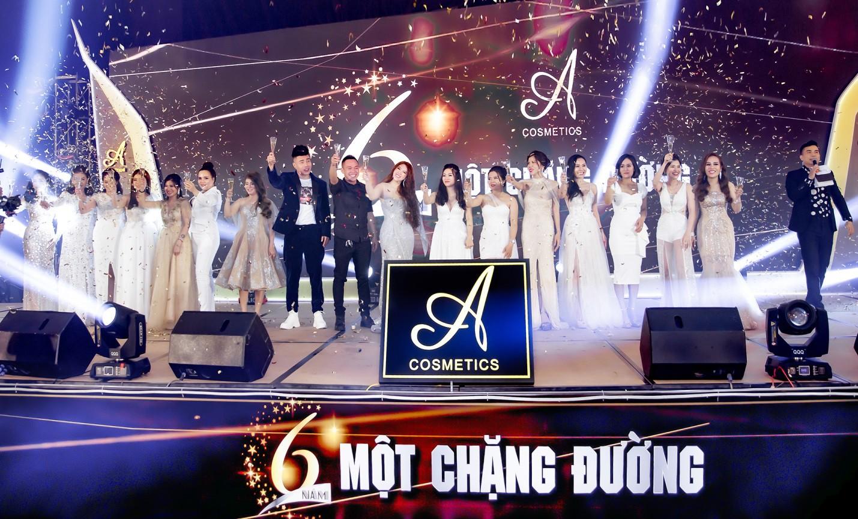 Noo Phước Thịnh, Lê Dương Bảo Lâm, Amee khuấy động sự kiện với những khoảnh khắc thú vị - Ảnh 7.