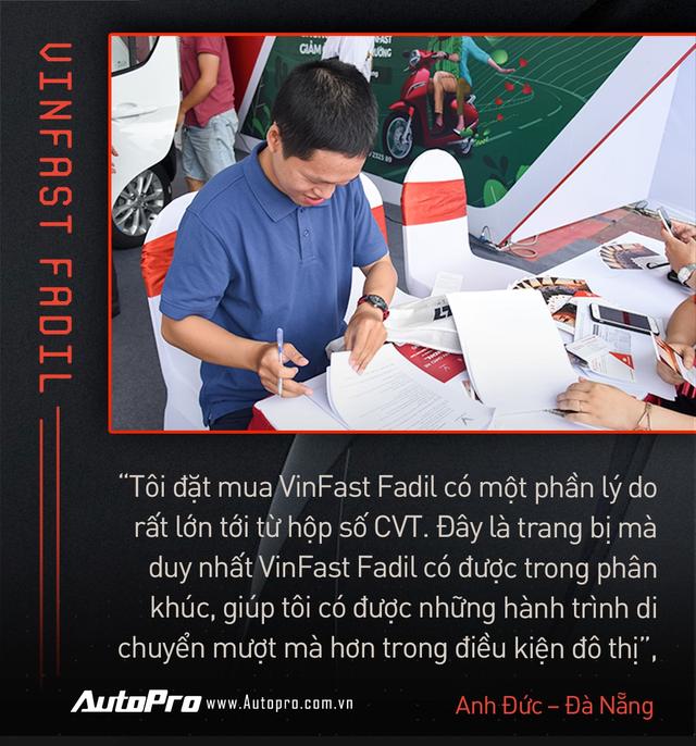 Khách Việt hết lời khen VinFast Fadil trong ngày nhận xe quy mô kỷ lục Việt Nam - Ảnh 10.