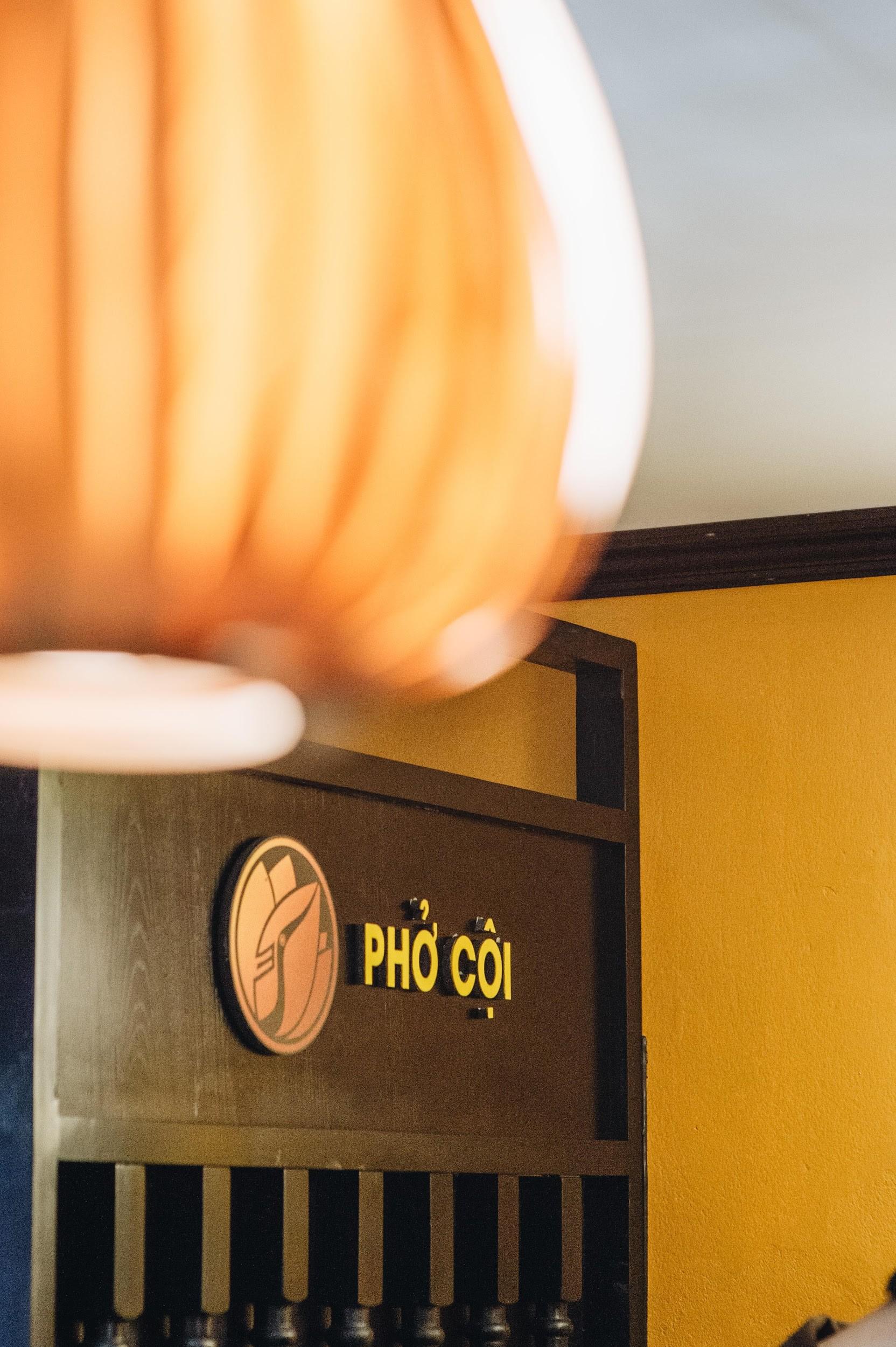 Ngược dòng thời gian cùng Phở Cội: Tìm phong vị phở giữa không gian nhà hàng ấm áp, gợi nét đẹp xưa Hà Nội - Ảnh 4.