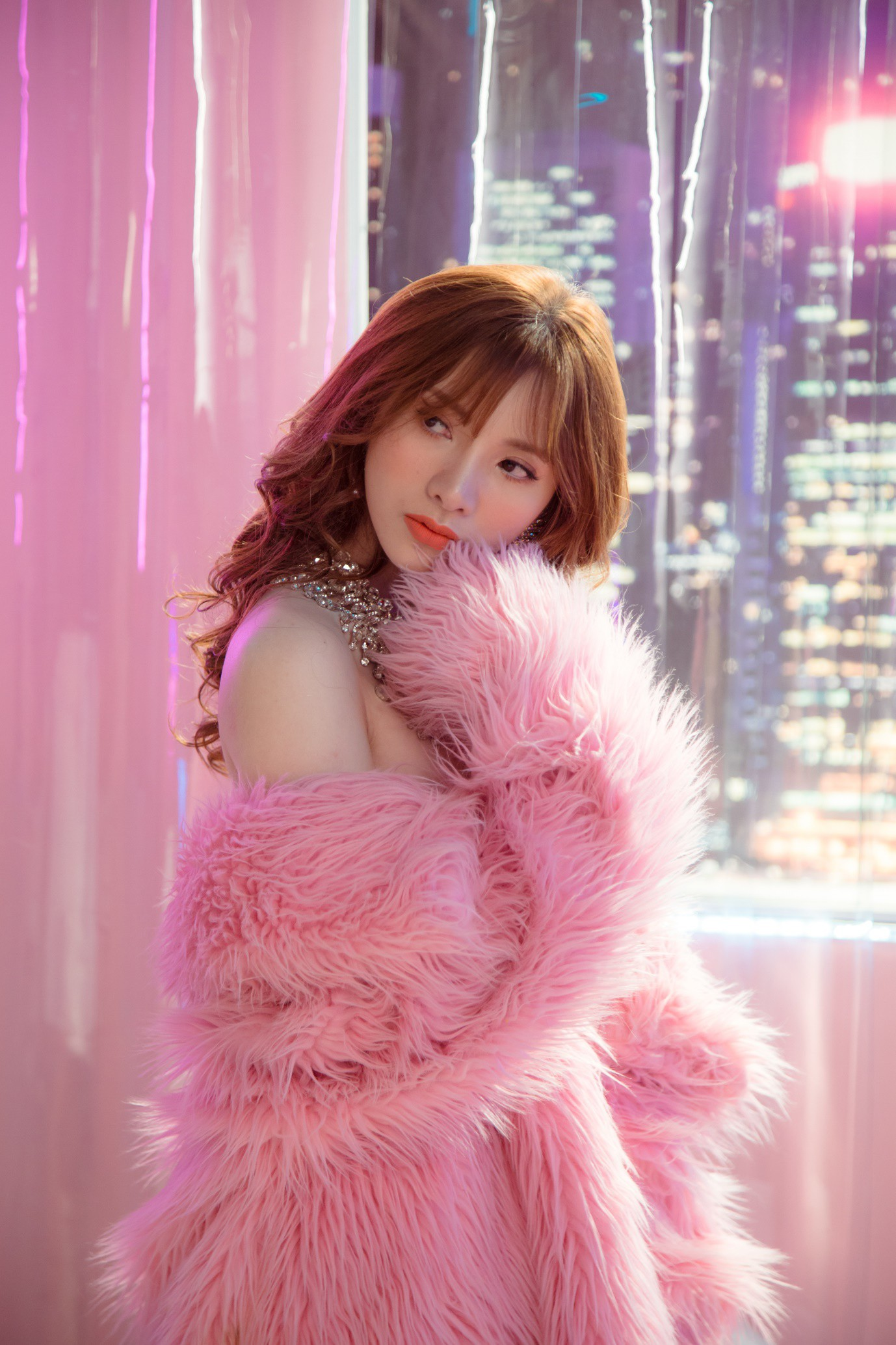 Tân binh Vpop vừa ra mắt đã có MV triệu views sau 24h phát hành - Ảnh 3.