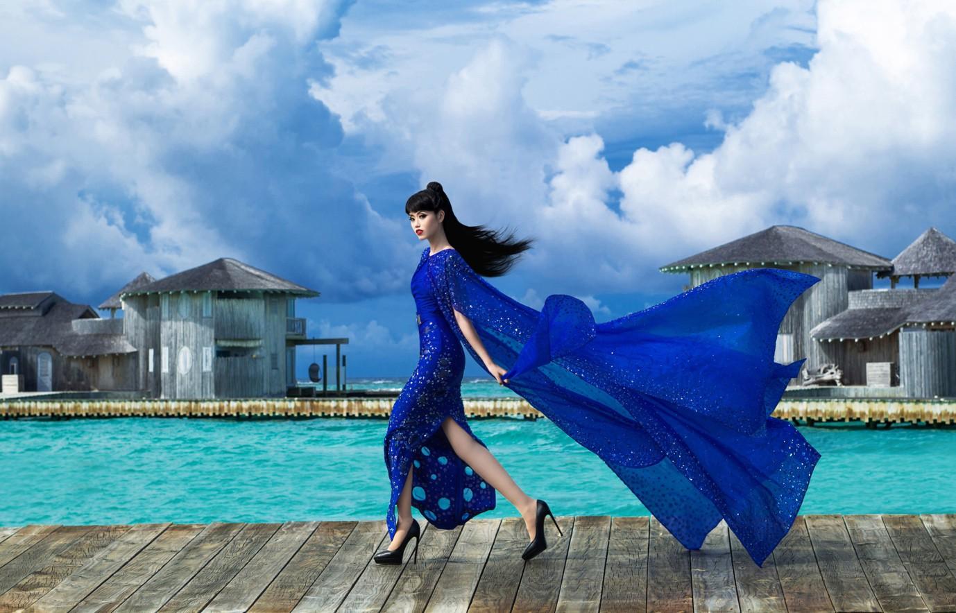 Người thổi hồn cho những kiểu tóc của Jessica Minh Anh tại Maldives - Ảnh 7.