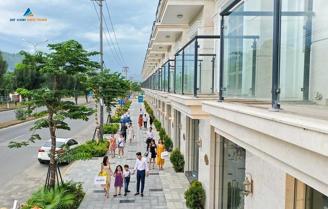Xu hướng đầu tư bất động sản 2019: Shophouse ven biển chiếm vị trí quan trọng - Ảnh 1.