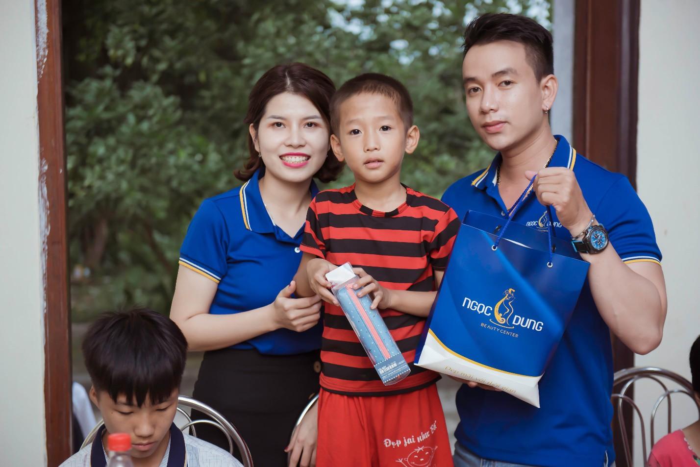 Chuyện về chuyến hành trình tại khu trại trẻ mồ côi, khi ước mơ đơn giản là tập vở trắng - Ảnh 4.