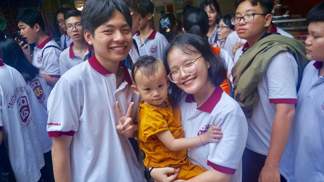 Trường THPT Việt Nhật: Rèn luyện học sinh sống yêu thương, trách nhiệm và tự chủ - Ảnh 2.