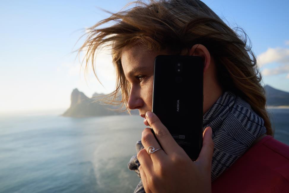 Những trải nghiệm cực đã khi sở hữu một chiếc smartphone màn hình lớn - Ảnh 4.