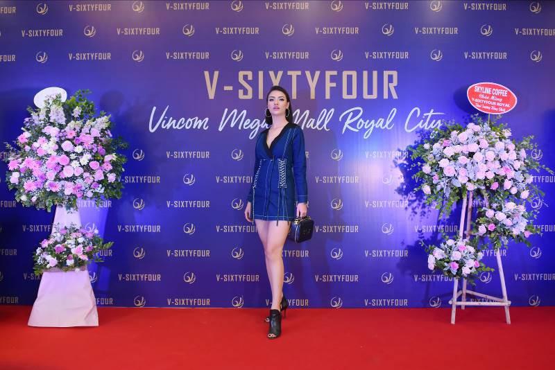 Thu Quỳnh – Hồng Quế hội ngộ tại cửa hàng V-SIXTYFOUR đầu tiên tại Hà Nội – Vincom Royal City - Ảnh 5.