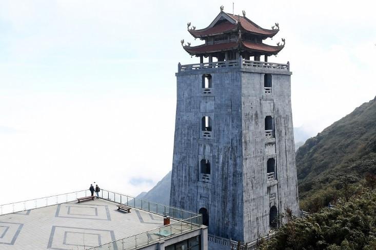 """Sau Vũ hội Ánh Dương, """"phù thủy sân khấu"""" Phạm Hoàng Nam tiếp tục mang tới đỉnh Fansipan Vũ điệu trên mây - Ảnh 2."""