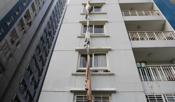 Giải pháp thoát hiểm khi có hỏa hoạn chung cư - Ảnh 1.