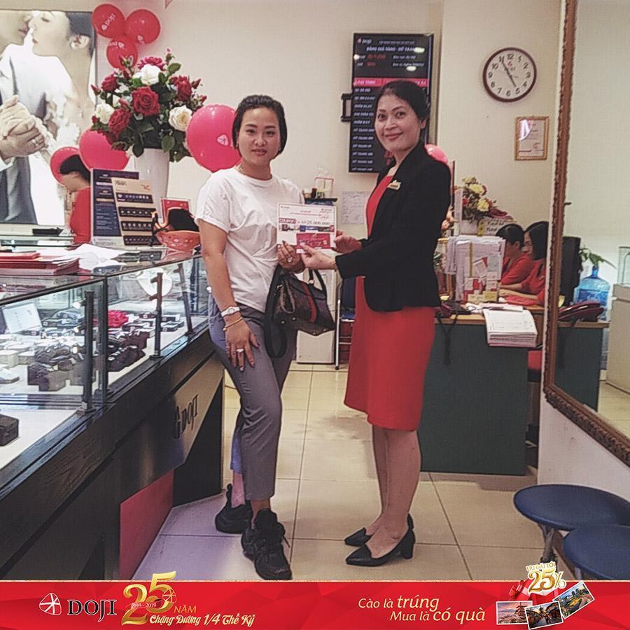 Bảo Thanh và hàng ngàn khách hàng nhận quà dịp sinh nhật DOJI - Ảnh 5.