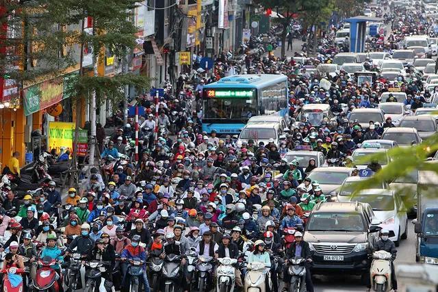 Đau mắt chuyện hoạt động giao thông đô thị làm ô nhiễm khí thải và hướng giải quyết lâu dài - Ảnh 1.