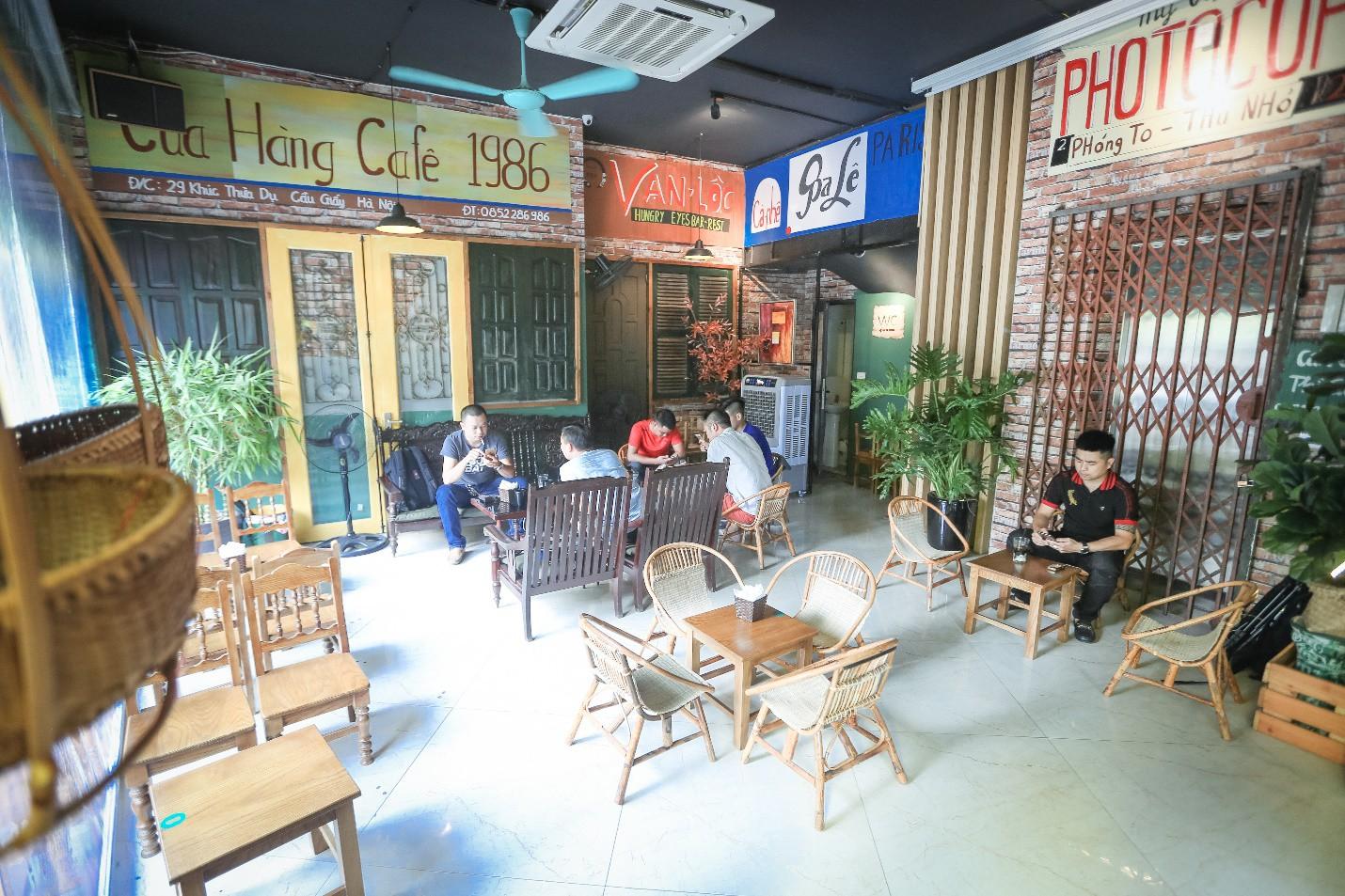 """Cafe 1986: Quán cafe """"2 trong 1"""", chẳng cần nhức đầu suy nghĩ đi đâu làm gì trong mùa hè này - Ảnh 2."""